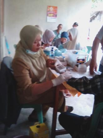 Screening Kesehatan di pedukuhan Taskombang